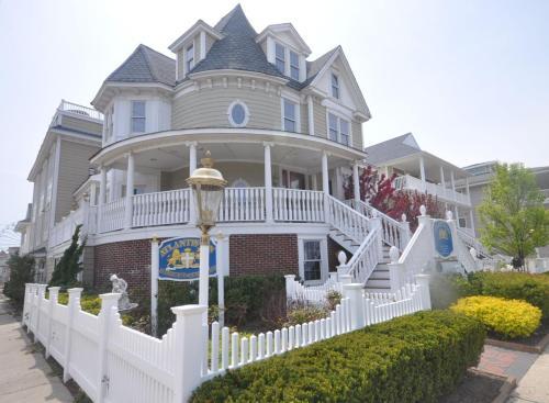 Atlantis Inn Luxury Bed And Breakfast - Adult Only - Ocean City, NJ 08226