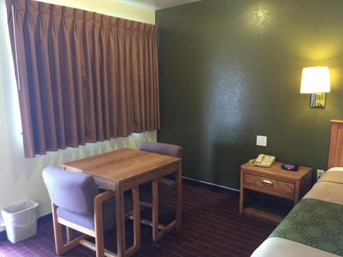 Rodeway Inn Zion National Park Area Photo