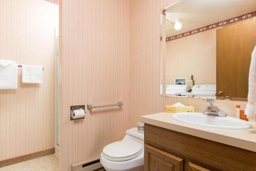 St John C Apartment Photo