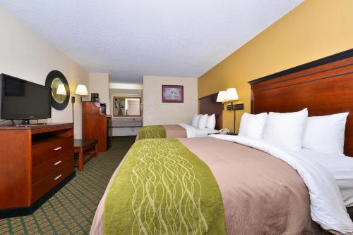 Comfort Inn Brookhaven Photo