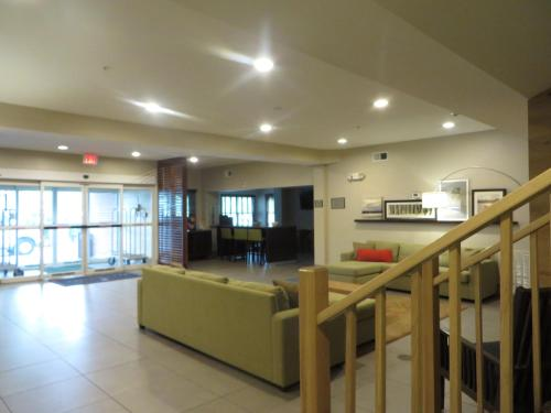 Country Inn & Suites by Radisson, Camp Springs (Andrews Air Force Base), MD Photo