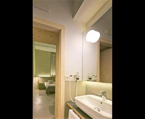 Mayerling Abamita Apartments photo 40