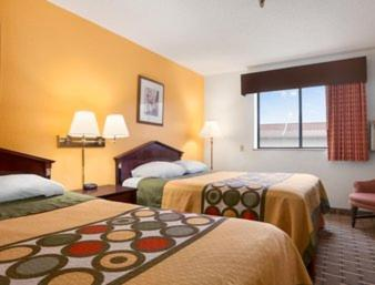 Super 8 By Wyndham Brookville - Brookville, PA 15825