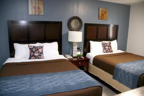South T Motel - Spencer, IA 51301