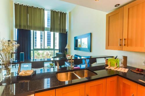 Castle Boutique Apartment - Miami Beach, FL 33140