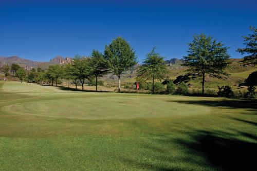 Gooderson Drakensberg Gardens Golf and Spa Resort Photo