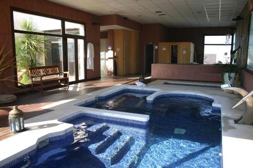 Habitación Doble con acceso al spa - 1 o 2 camas Villa Nazules Hípica Spa 7