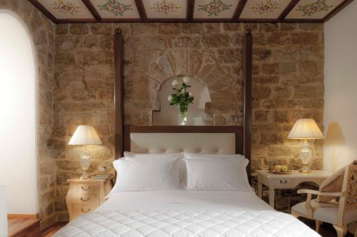Golden Tower Hotel & Spa impression