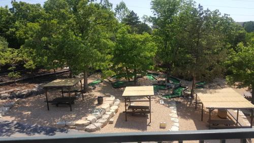 The Retreat at Foxborough Photo