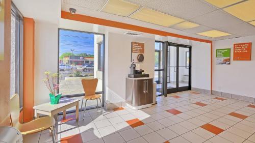 Motel 6 Philadelphia - Mt. Laurel, NJ Photo