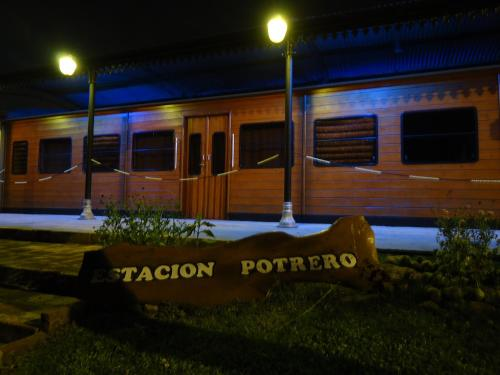 Cabañas Estacion Potrero Photo