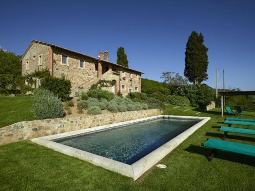 Strada Foce e Fornace Podere Palazzolo, 53026 Chianciano Terme SI, Italy.