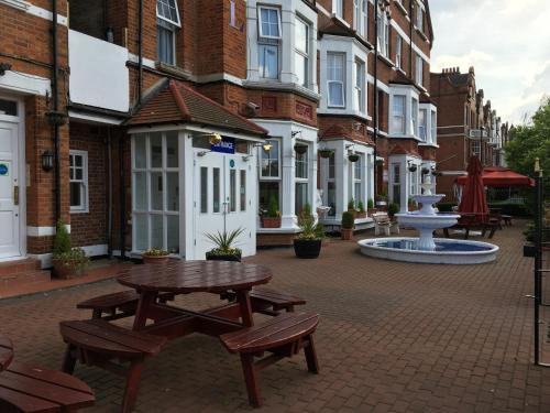 Euro Lodge Clapham photo 34