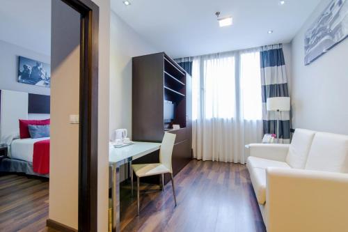 Hotel & Spa Villa Olimpica Suites photo 52