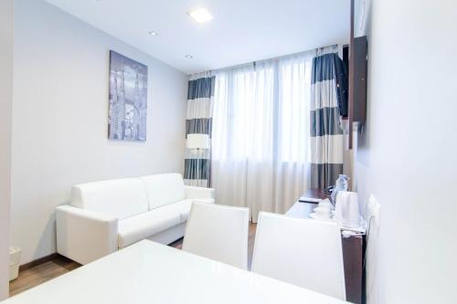 Hotel & Spa Villa Olimpica Suites photo 57