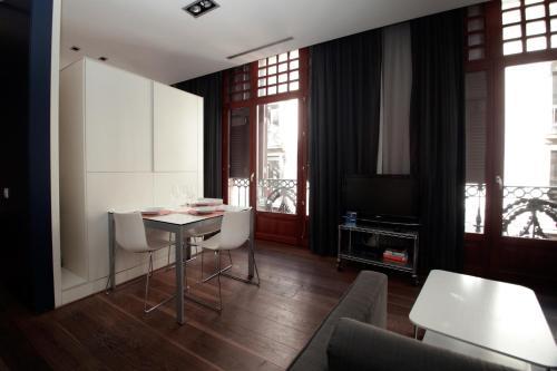 Las Ramblas Suites photo 46