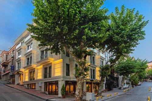 Istanbul Grand Naki Hotel tatil