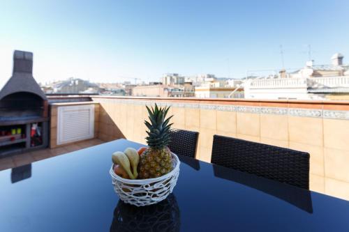 LetsGo Sagrada Familia Penthouse photo 47