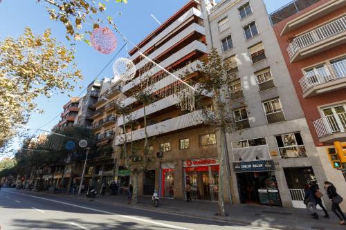 LetsGo Sagrada Familia Penthouse photo 48