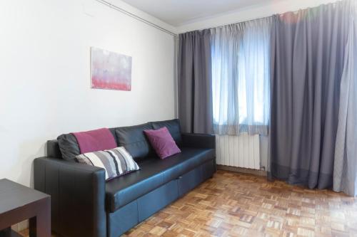 Autèntic Arc de Triomf Apartment photo 12