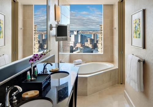 Mandarin Oriental New York photo 10