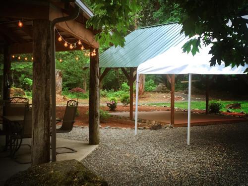 Robin Hood Village Resort - Union, WA 98592