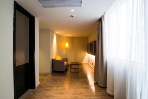 Home Inn Plus Beijing Nongzhan Chang Hongqiao photo 13