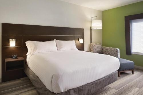 Holiday Inn Express Atlanta Sw - Newnan - Newnan, GA 30265