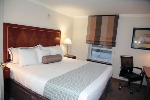 Hotel Executive Suites Photo