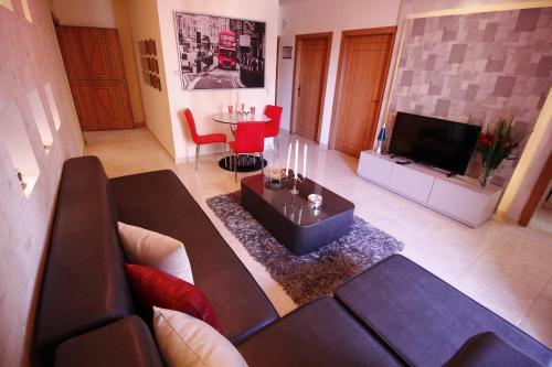HotelAqarco Shmeisani Apartments