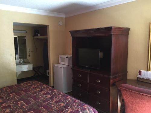Travel Inn Atlanta - Atlanta, GA 30315