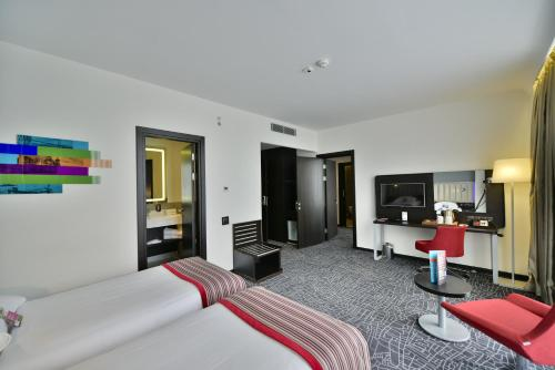 Park Inn By Radisson Istanbul Ataturk Airport photo 45
