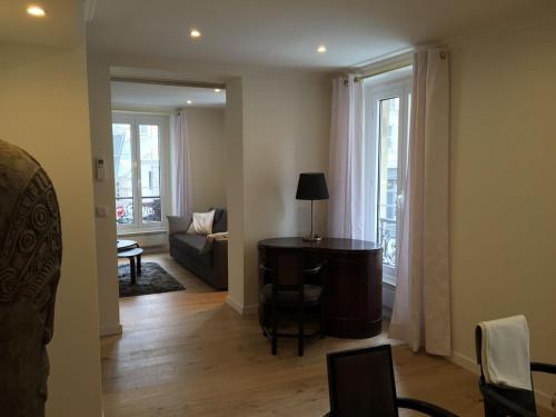 Bellechasse Apartments photo 4