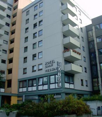 Business & Budget Hotel Tessin Photo