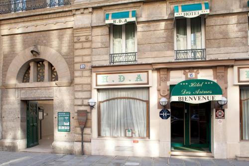 hotel des arenes h tel 51 rue monge 75005 paris adresse horaire. Black Bedroom Furniture Sets. Home Design Ideas