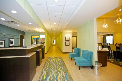 Hampton Inn And Suites Adairsville/calhoun Area - Adairsville, GA 30103