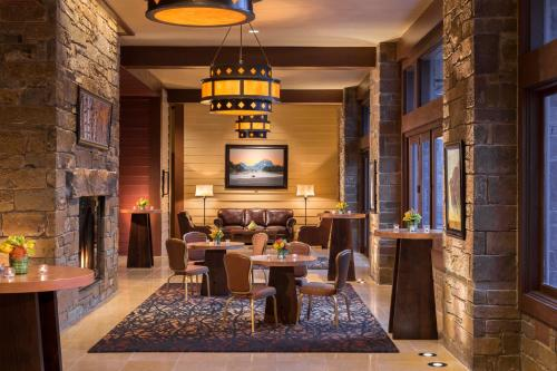 Four Seasons Resort and Residences Jackson Hole Photo