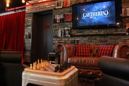 Crates At The Gaythering - Men Only - Miami Beach, FL 33139