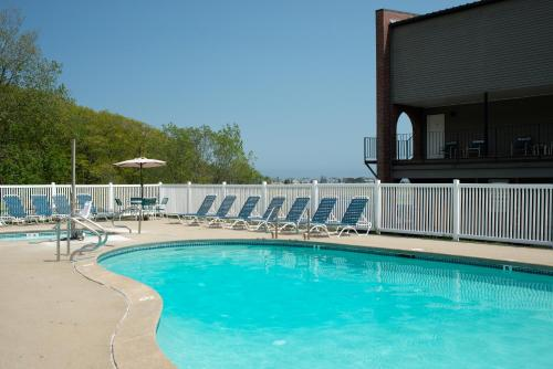 Ogunquit River Inn & Suites - Wells, ME 03907