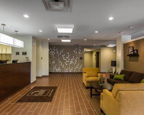 Sleep Inn & Suites Dayton Photo