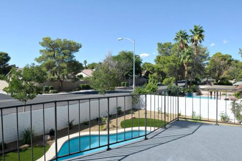 4 Bedroom House In Banbridge Drive Las Vegas