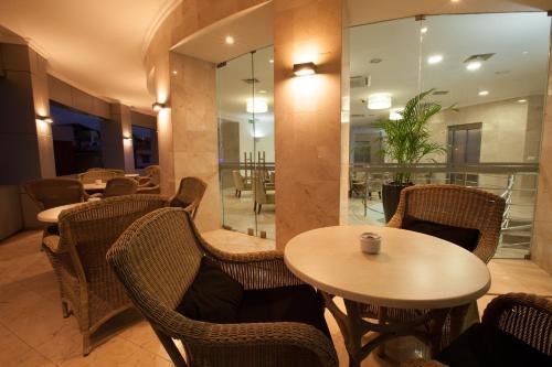 Luna Hotel Zombo