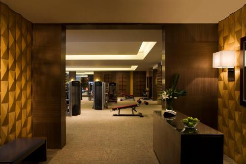 Courtyard By Marriott Shanghai Xujiahui photo 3