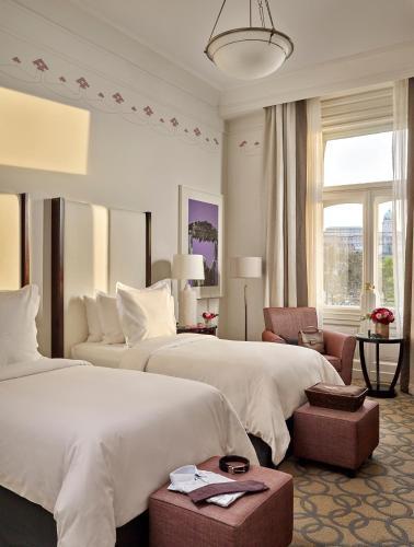 Four Seasons Hotel Gresham Palace - 30 of 96