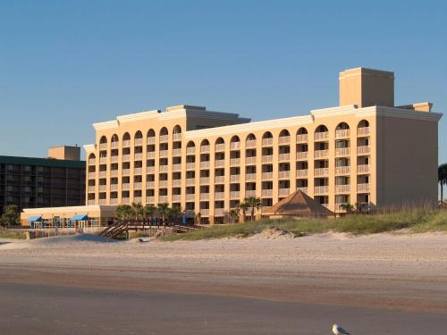 Courtyard by Marriott Jacksonville Beach Oceanfront Photo