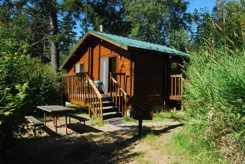 La Conner Camping Resort Beach Cabin 2 - La Conner, WA 98257