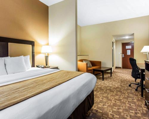 Comfort Suites at Kennesaw State University Photo