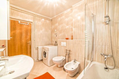Apartments Lucano 1005