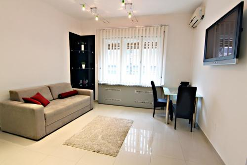 City Centre Apartment Novi Sad