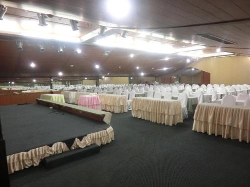 Ayutthaya Thenee Hotel photo 13